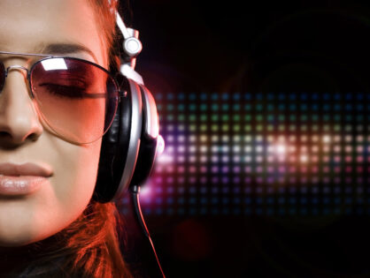 feel the music 2 hd widescreen wallpapers 1680x1050 418x315 - Departamentos