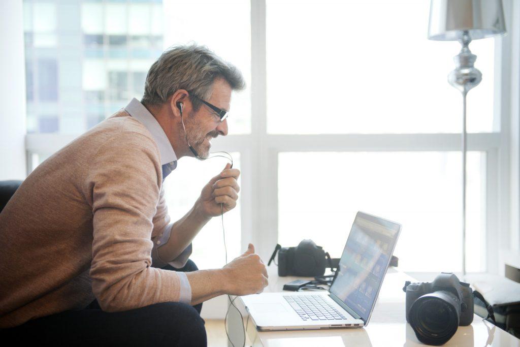 o MAN COMPUTER facebookz 1024x683 - Área de parceria e negócios